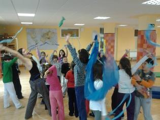 Bailarines y bailarinas de ¡A-zu-que-ca!